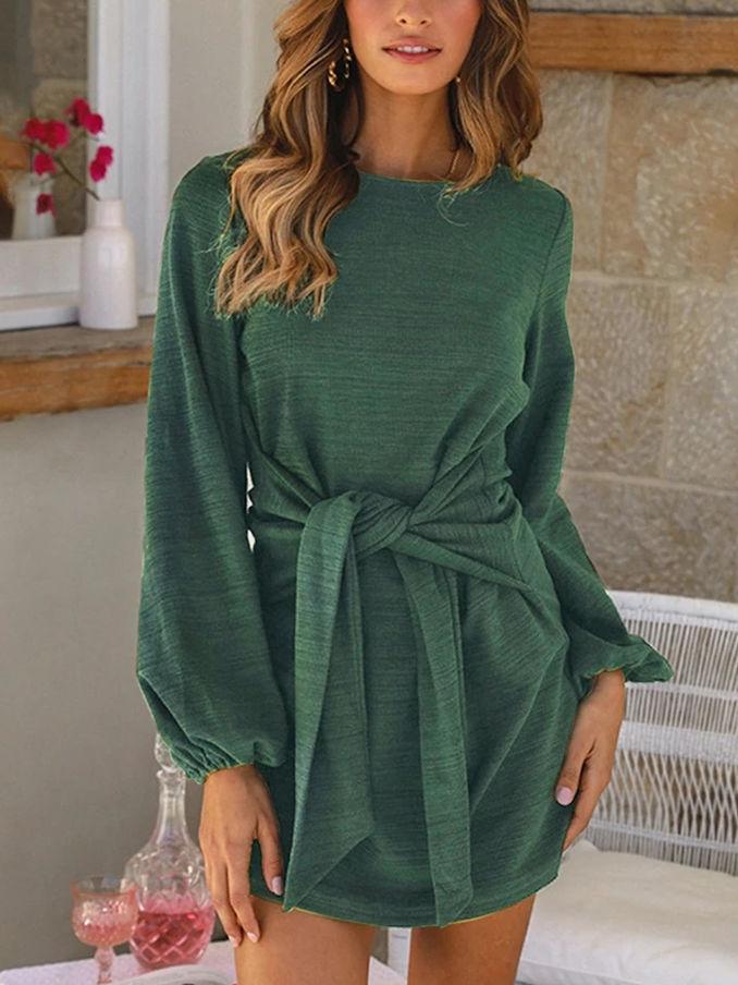 casual green dress yang memberikan kesan hijau dan segar